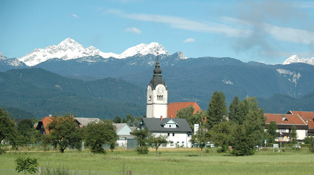 Lesce with the Julian Alps in the background