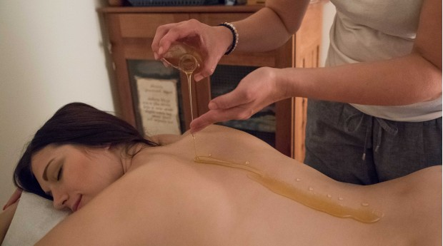 A honey massage